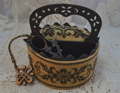 Black Flowers Sewing Box w/wooden handle